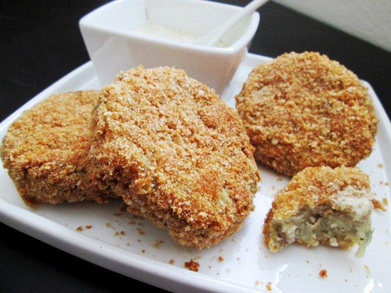 печени крокети од компири и мелено месо