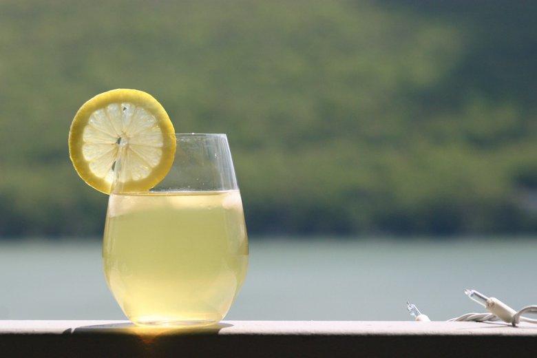 неварен сок од лимони
