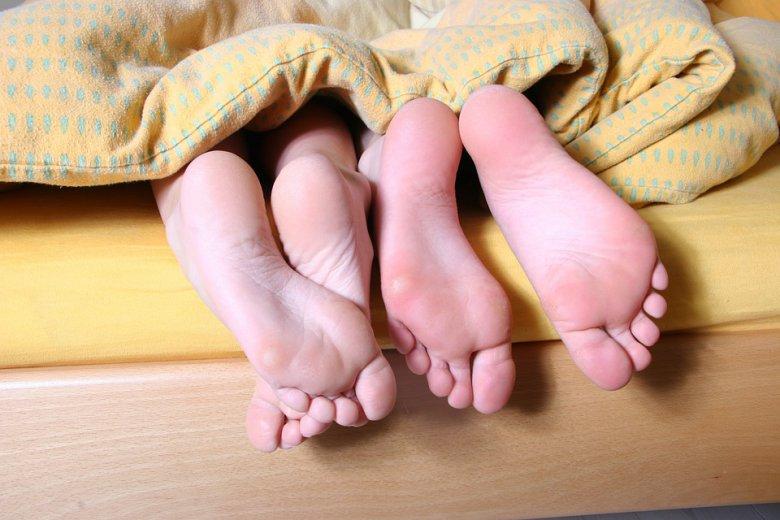 Потопете ги стапалата во јаболкова киселина и видете го ефектот 2