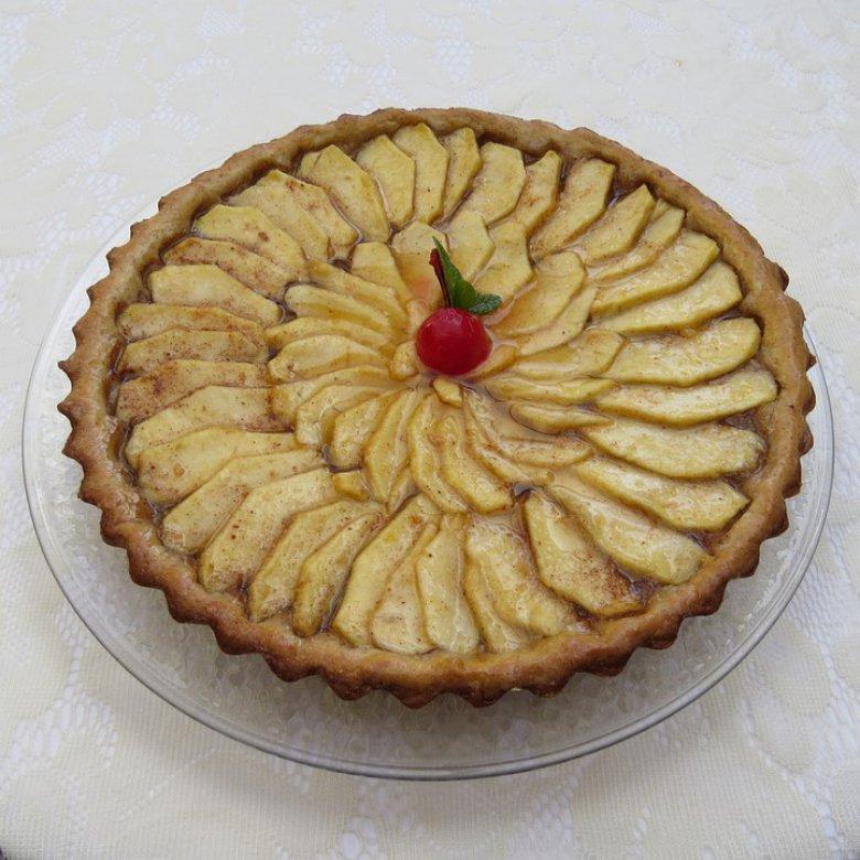 Швајцарска пита со јаболка 2