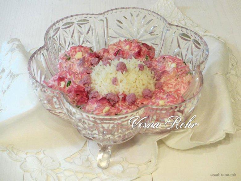 Декоративна Ивина розева салата 2