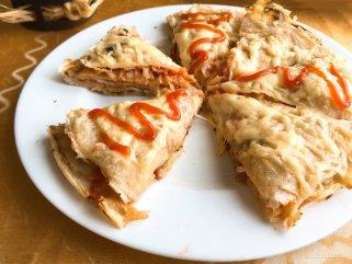 лесна пица од палачинки
