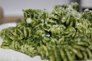 Тестенини со зелен сос 1