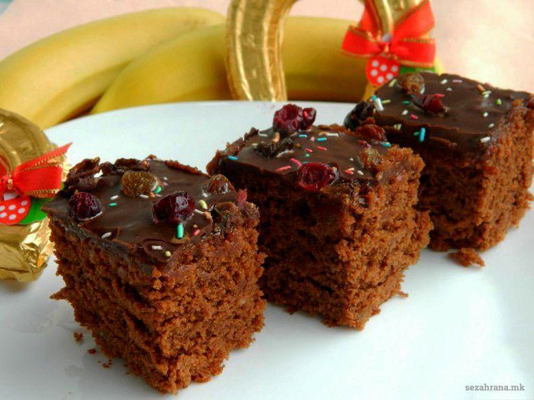 посна чоколадна торта со банани