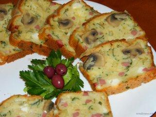 Солен колач со шампињони 1
