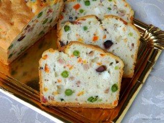Шарен солен колач од белки 1