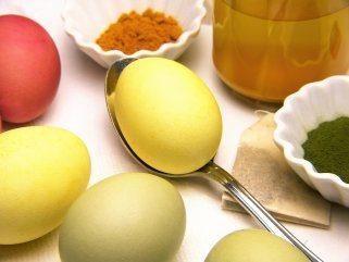 жолти Велигденски јајца со куркума 1