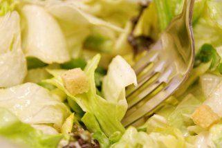 Брза оброк салата од пилешко месо 1