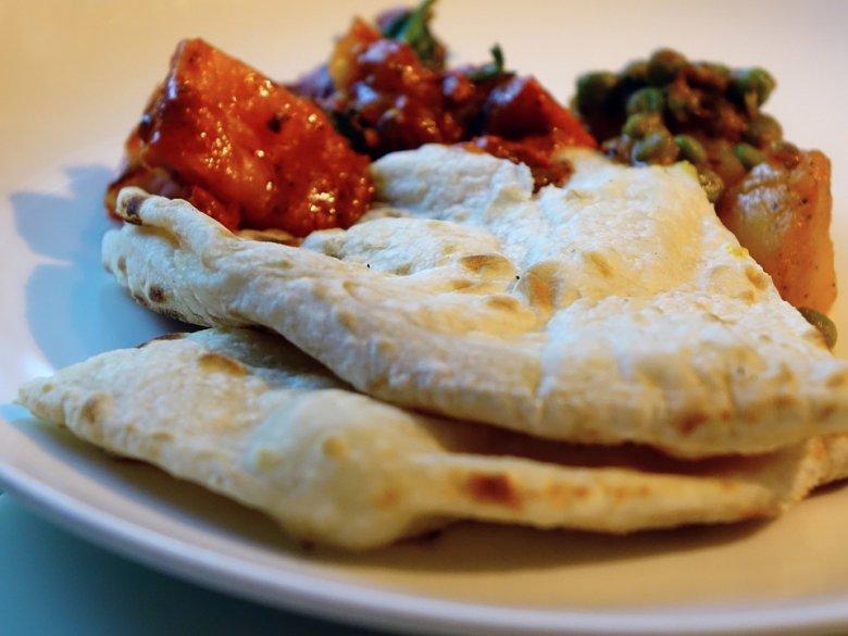 Индиски полнети лепчиња - Masala Kulcha 2