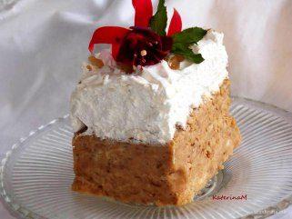 Непечена брза торта со диња и бисквити