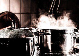 влага во кујната