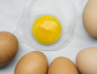 Што е поздраво да се консумира, цели јајца или само белката 1