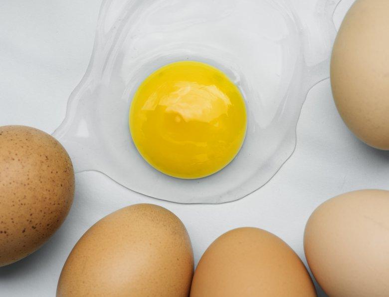 Што е поздраво да се консумира, цели јајца или само белката 2