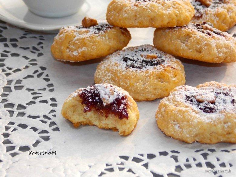 Крцкави колачи со орев 2