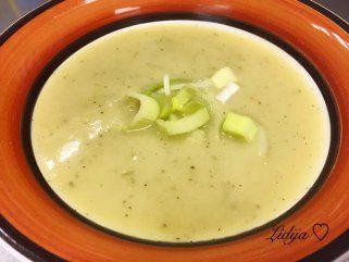 крем супа од компири и праз
