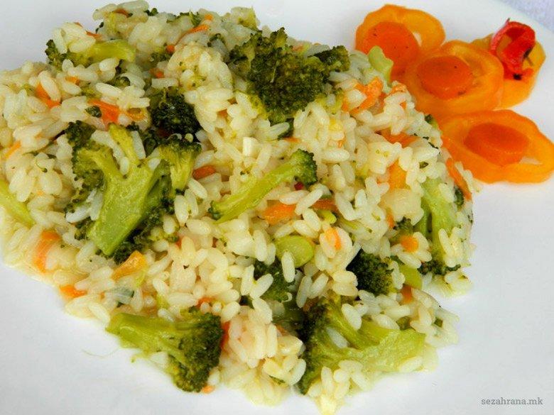 посен ориз со брокула