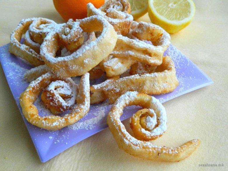 Карневалски колачи - слатки пржени јуфки 2