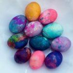 Лесно боење на Велигденски јајца со слатка павлака 1