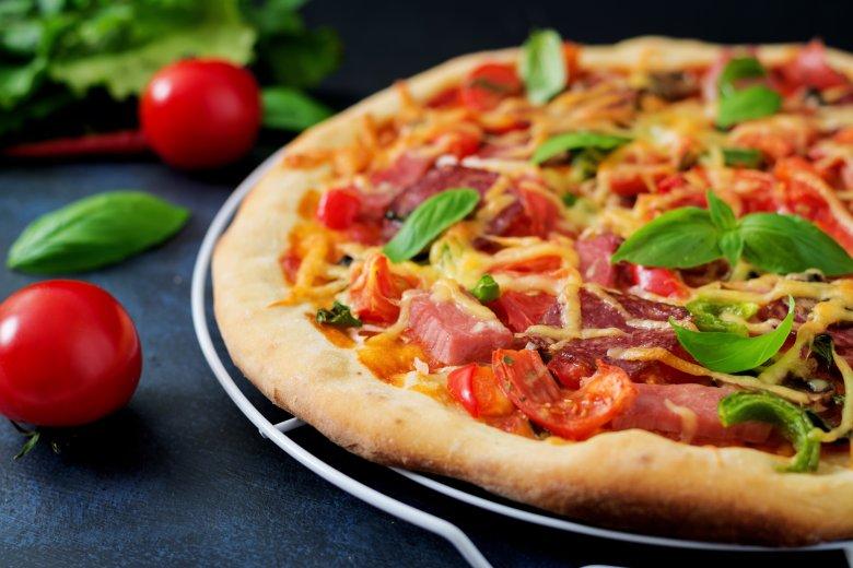 домашна пеперони пица