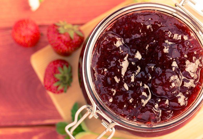 Здрав џем од јагоди со чиа семе за 10 минути 2
