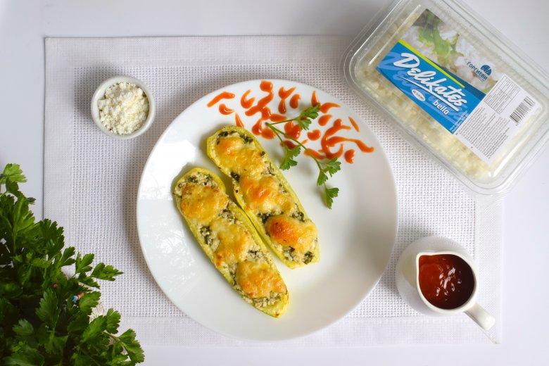 Лесен рецепт за печени тиквички со деликатесен фил за 15 минути 2