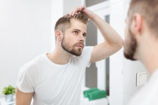 7 причини за губење на косата пред 25 годишна возраст 1
