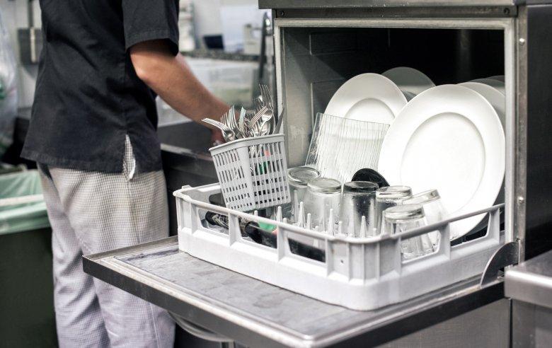 10 предмети кои не смее да се мијат во машината за садови 2