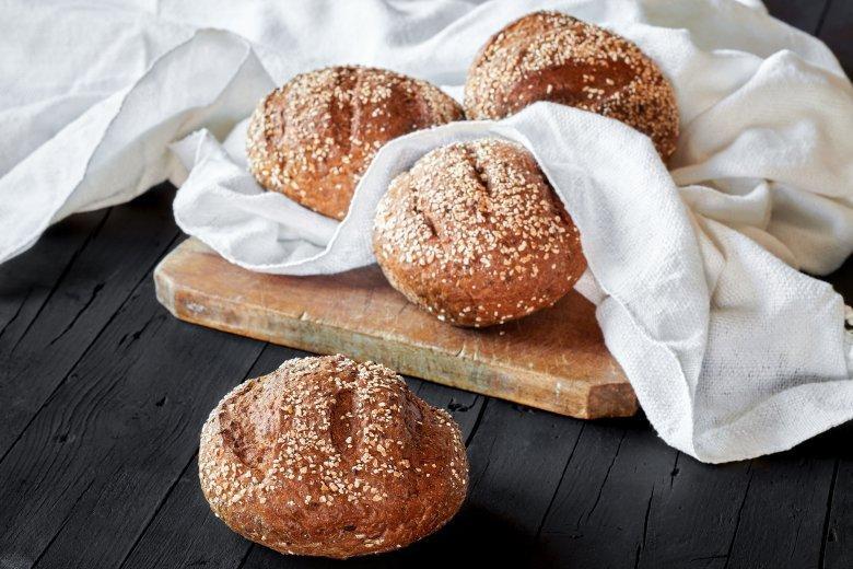 Сендвич лепчиња со мелени ореви 2