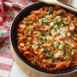 запечени тестенини во доматен сос