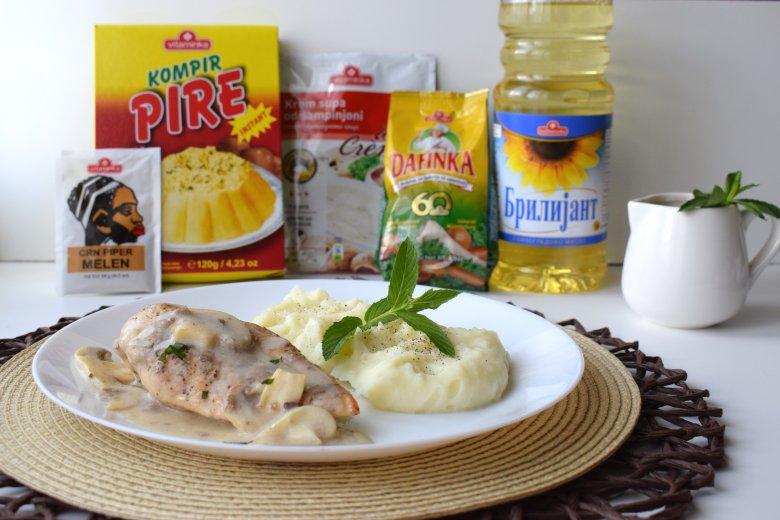 Пилешко со пире во брз сос од печурки 3