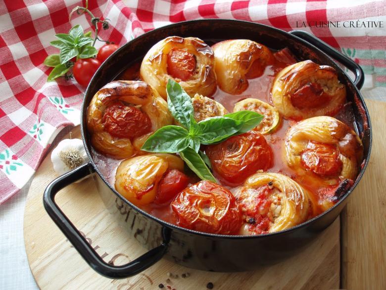 полнет зеленчук во сос од домати