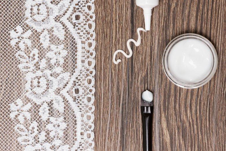Природна крема против брчки од 2 состојки 2