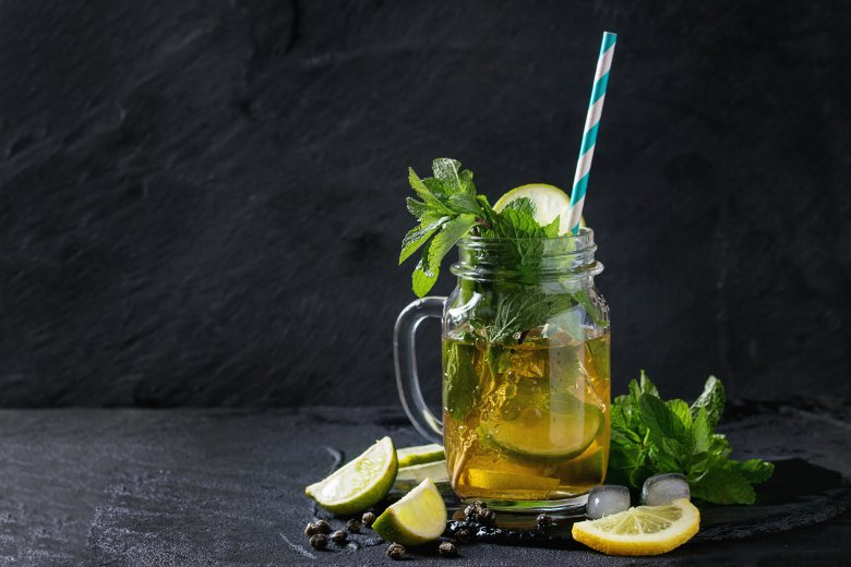 зелен детокс напиток