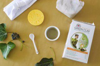 Зелената глина е совршена за природна нега во летниот период 1