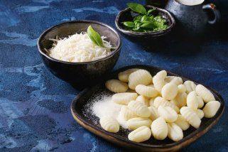 Домашни њоки од компири и урда 1