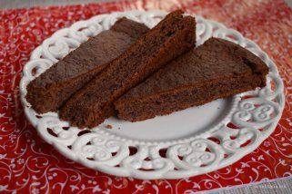 Брз чоколаден колач со мармалад 1