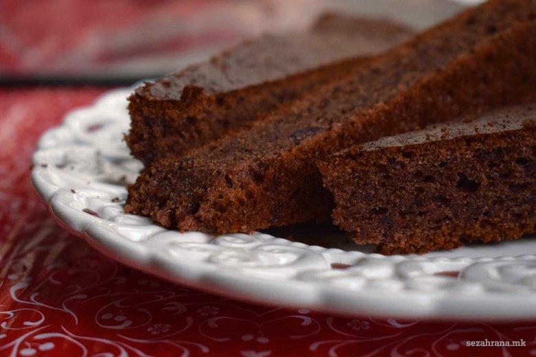 Брз чоколаден колач со мармалад 3