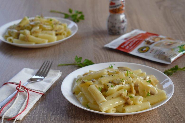 макарони во брз сос од печурки