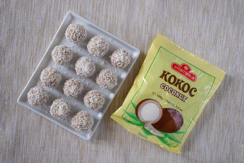 Посни кокос бомбици без шеќер за 10 минути 2