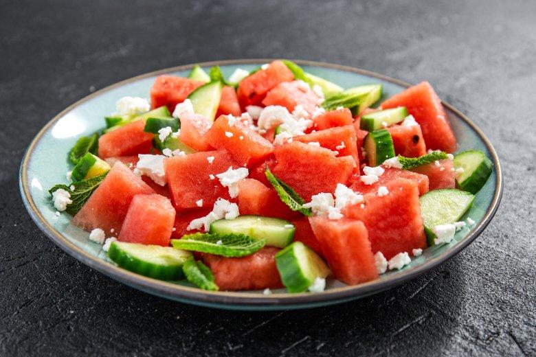 Освежителна ладна салата од лубеница 2