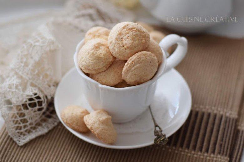 Амарети – брзи суви колачи со бадеми 2