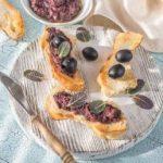 пикантен намаз од маслинки
