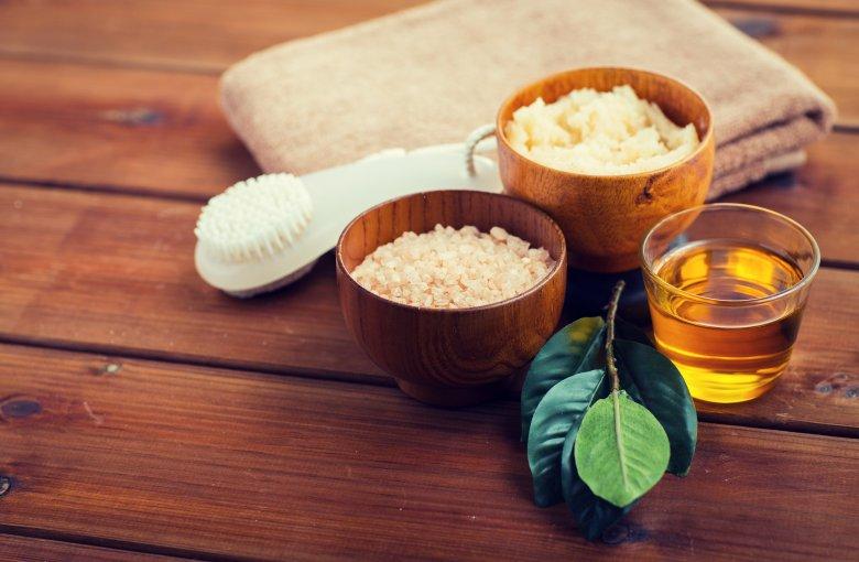 Пилинг со сол и шеќер против стрии и целулит 2