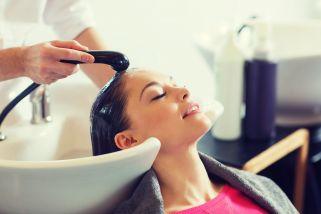 третман за плакнење на косата
