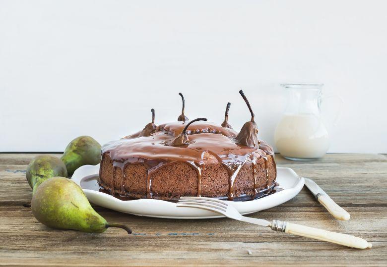 брз чоколаден колач со круши