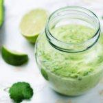 Прелив за салати со јогурт и зачини