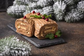 Празничен чоколаден ролат - Божиќна гранка