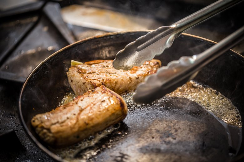 5 најчести грешки кои ги правиме при пржење на месо 2