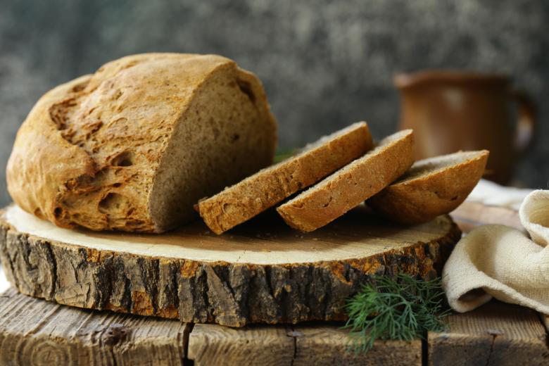 омекнување на сув леб