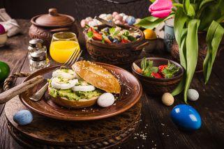 Велигденска крем салата со јајца